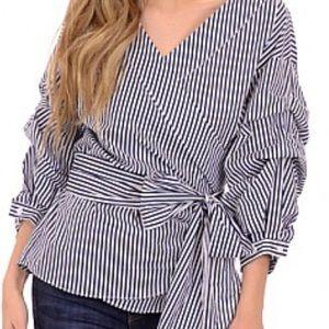 Tops - Gorgeous black & white cotton blend wrap top!